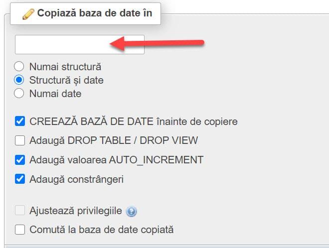 Ingrese el nombre de la base de datos donde desea copiar esta base de datos