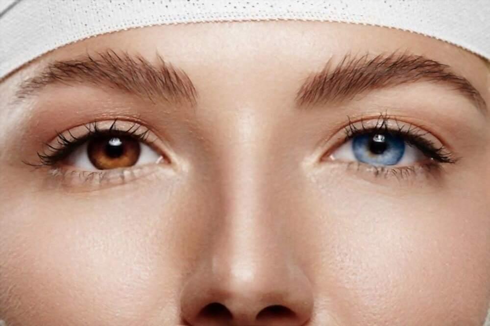 ¿Cómo cambio el color de mis ojos en una foto con PhotoWorks?